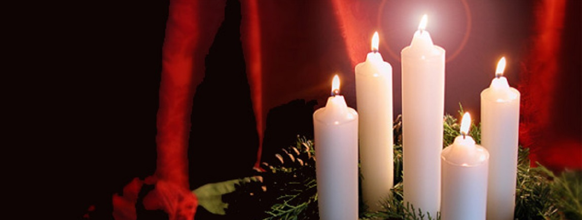 Evening Candlelight Christmas House Tours
